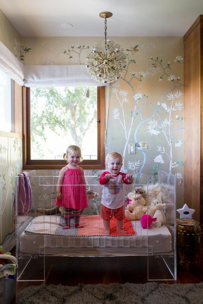 kinderzimmertapete babyzimmer einrichten ausgefallenes babybett