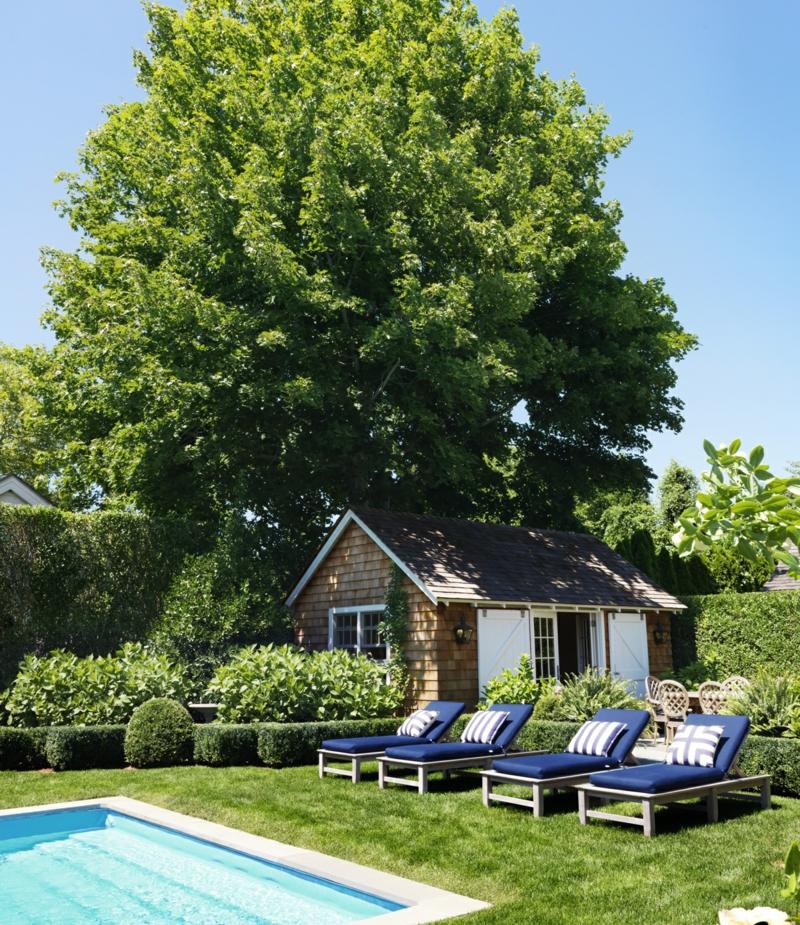 kreative Gartenideen Haus mit Gartenpool grüne Wohlfühloase