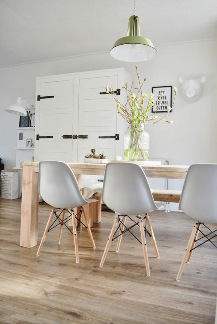 modernes Esszimmer einrichten Einrichtungsbeispiele Holzmöbel Holzboden