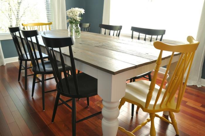 modernes esszimmer hölzerner esstisch stühle schwarz gelb