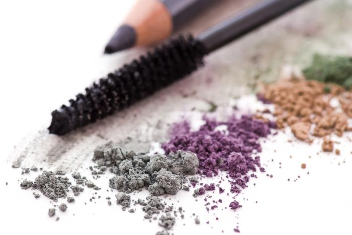 nachhaltiger konsum kosmetikmittel make up mikrokörner