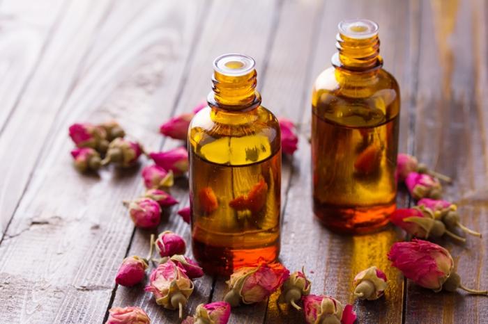 naturkosmetik rosenwasser DM rosenblüten wasser glas