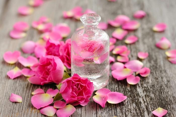 naturkosmetik rosenwasser DM duft rosenblüten wasser tropfen