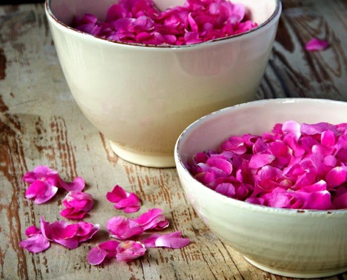 naturkosmetik rosenwasser duft rosenblüten