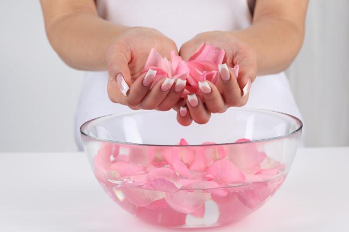 naturkosmetik rosenwasser DM duft