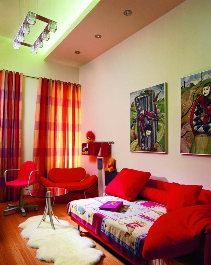 Sessel Rot Wohnzimmer Farbige Gardinen Wanddeko Leuchter