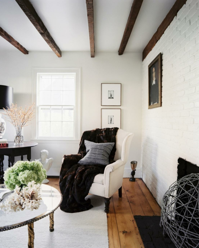 sessel weiß weißer teppich wohnzimmer einrichtungsideen