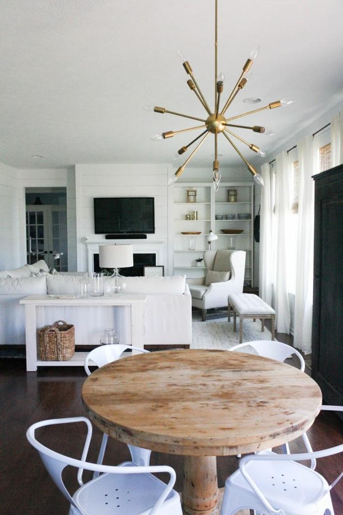 sessel weiß wohnzimmer offener wohnpan essbereich runder holztisch