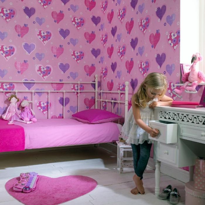 tapete kinderzimmer mädchenzimmer gestalten rosa herzen