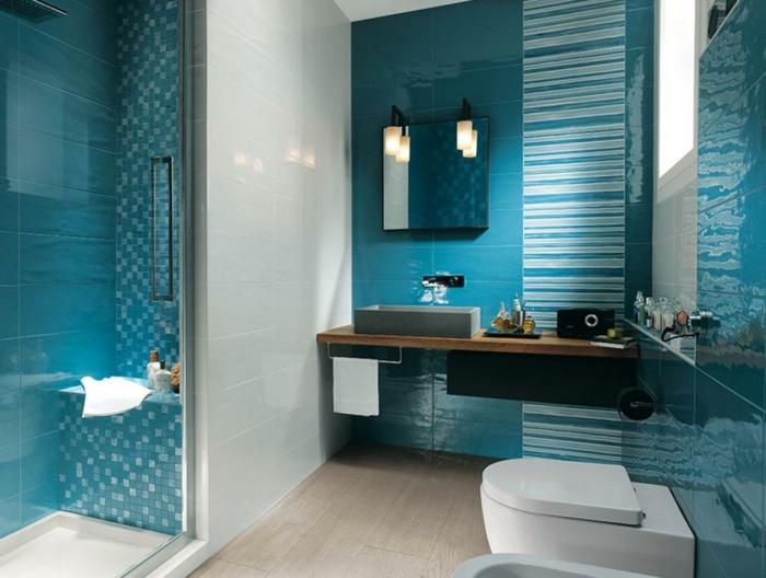 wandgestaltung bad 35 ideen f r badezimmergestaltung mit fliesen. Black Bedroom Furniture Sets. Home Design Ideas