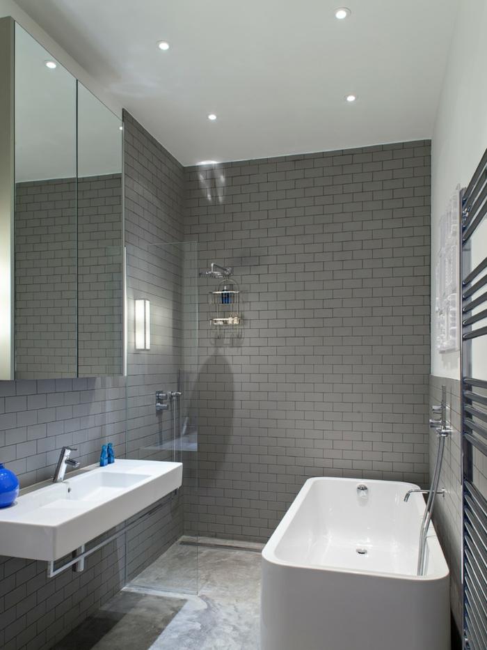 Wandgestaltung Bei Weien Fliesen ~ Moderne Inspiration, Wohnzimmer Design