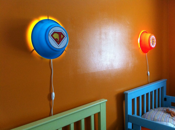 wandlampe kinderzimmer ikea farbig orange wand