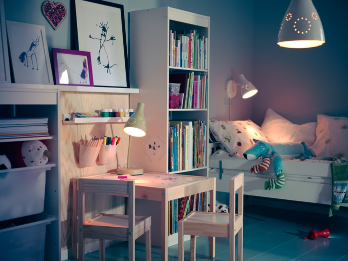 wandlampe kinderzimmer wandleuchten die mehr als lichtquellen sind. Black Bedroom Furniture Sets. Home Design Ideas