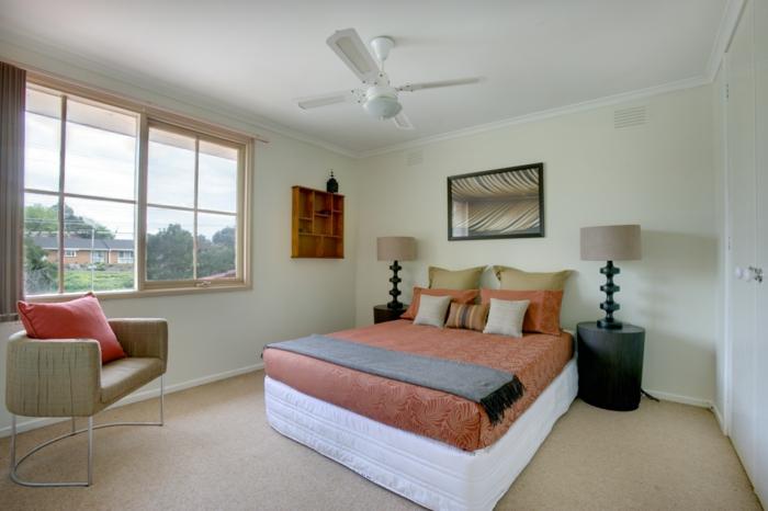 schlafzimmer einrichten auf kleinem raum. Black Bedroom Furniture Sets. Home Design Ideas