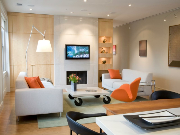 wohnzimmer modern einrichten helle möbel orange akzente