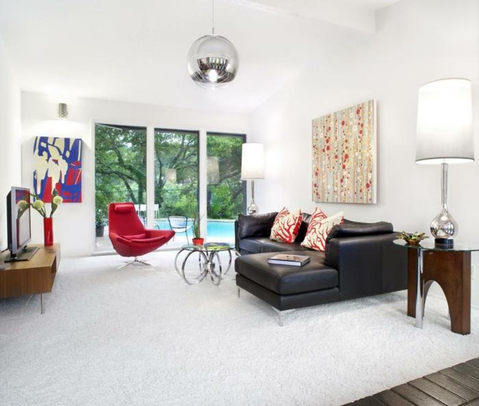 wohnzimmerteppich weißer teppich roter sessel schwarze ledermöbel