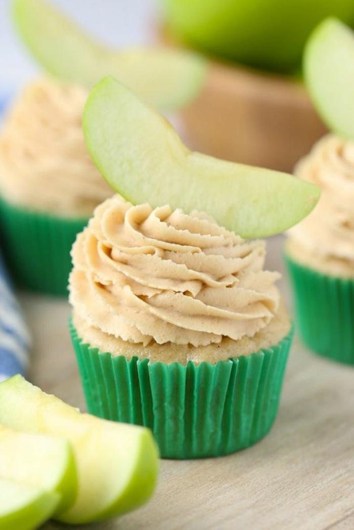 Apfel Cupcakes Topping Rezept Törtchen backen Rezeptideen
