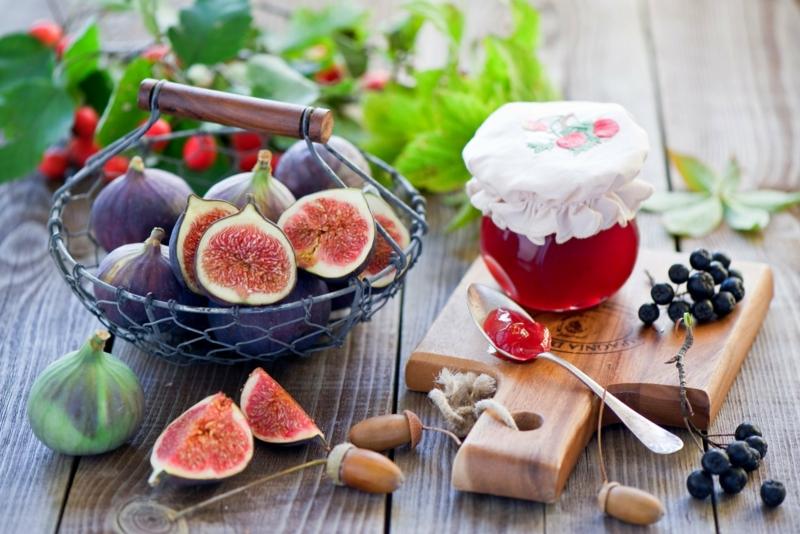 Ayurveda Ernährung Früchte Geschmack süß natürliche Lebensmittel