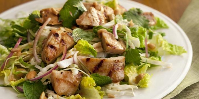 Ayurveda ernährung hähnchen salat vata menschen richtige ernährungsweise