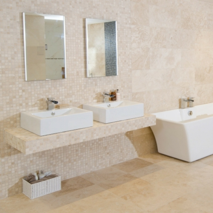 Travertin Fliesen Im Badezimmer Gestaltungsm 246 Glichkeiten