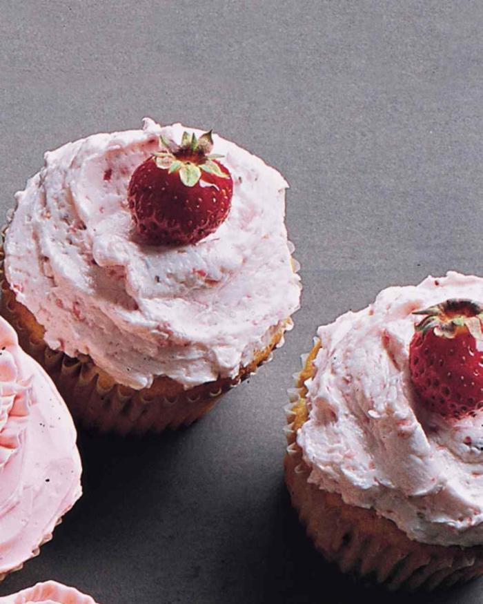 Cupcakes Topping Rezept Erdbeer Törtchen backen Rezeptideen