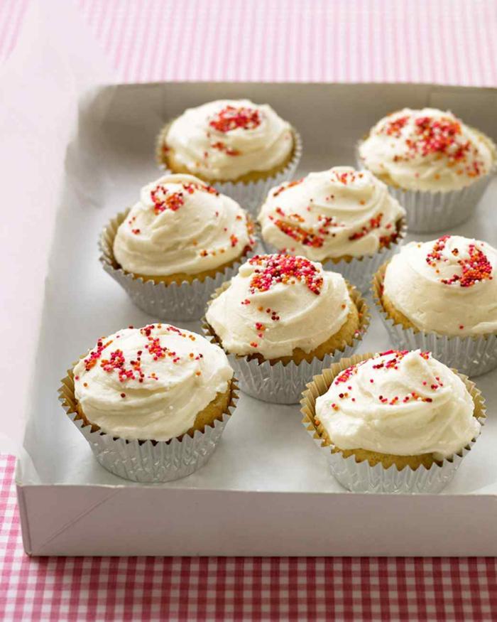 Cupcakes Topping Rezept leckere Törtchen selber backen