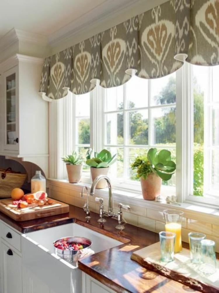 Fensterdeko Ideen Küche Grünpflanzen Topfpflanzen Gardine