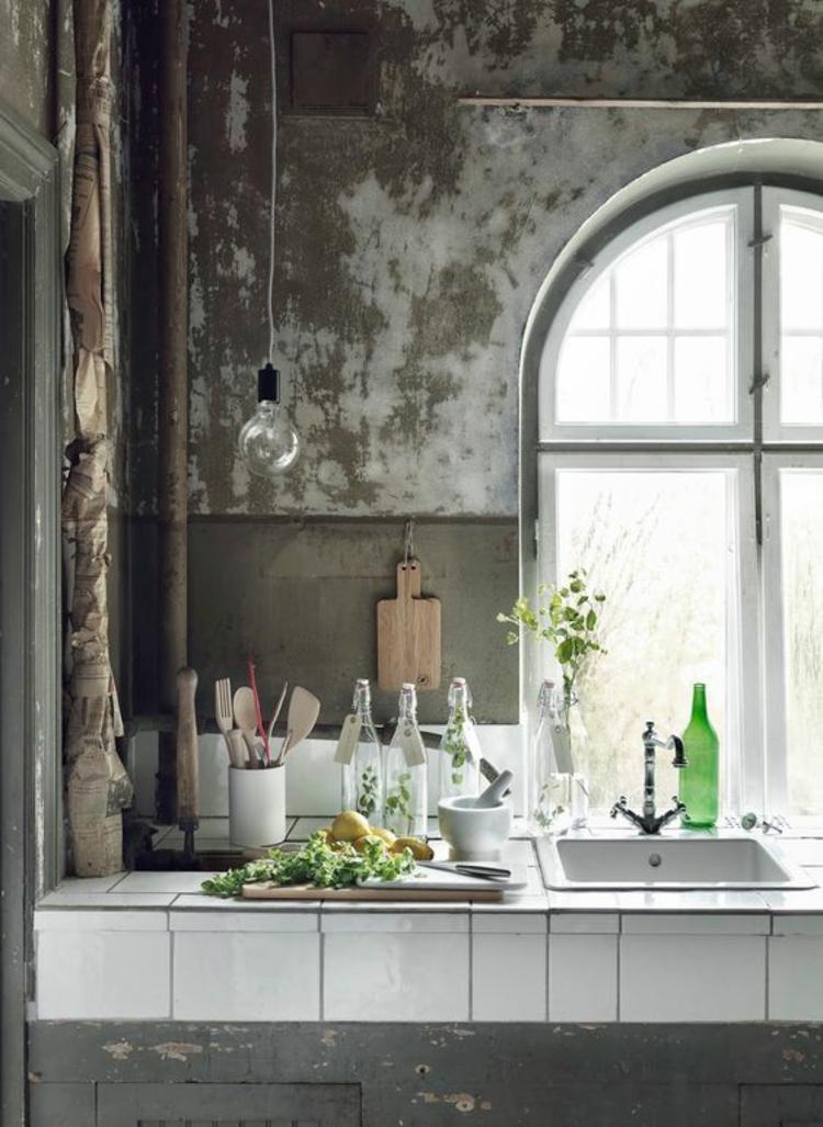 Fensterdeko Ideen Küche Zimmerpflanzen Dekoartikel Glasflasche
