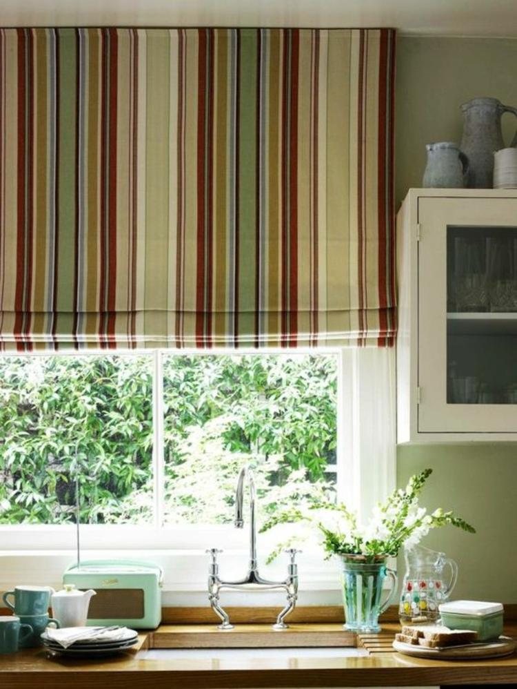 Fensterdeko Ideen Küche Zimmerpflanzen Schnittblumen
