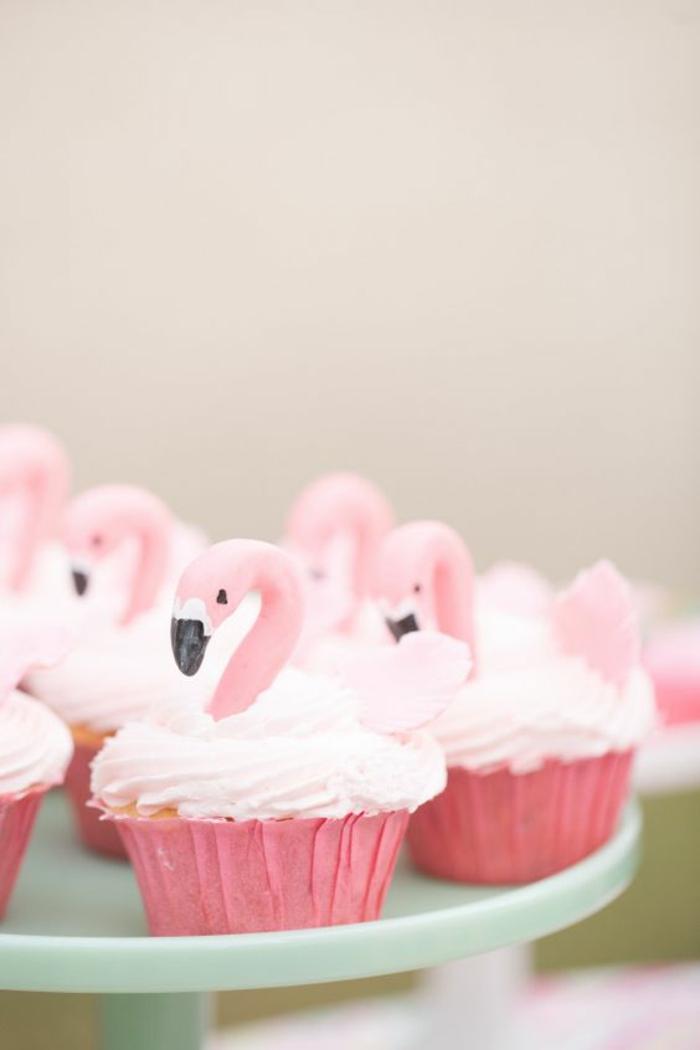 Flamingo Cupcakes Rezepte rosa Törtchen backen