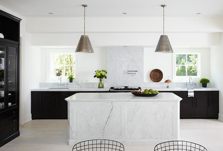 K chenideen die mit den aktuellen trends schritt halten for Are white kitchen cabinets out of style