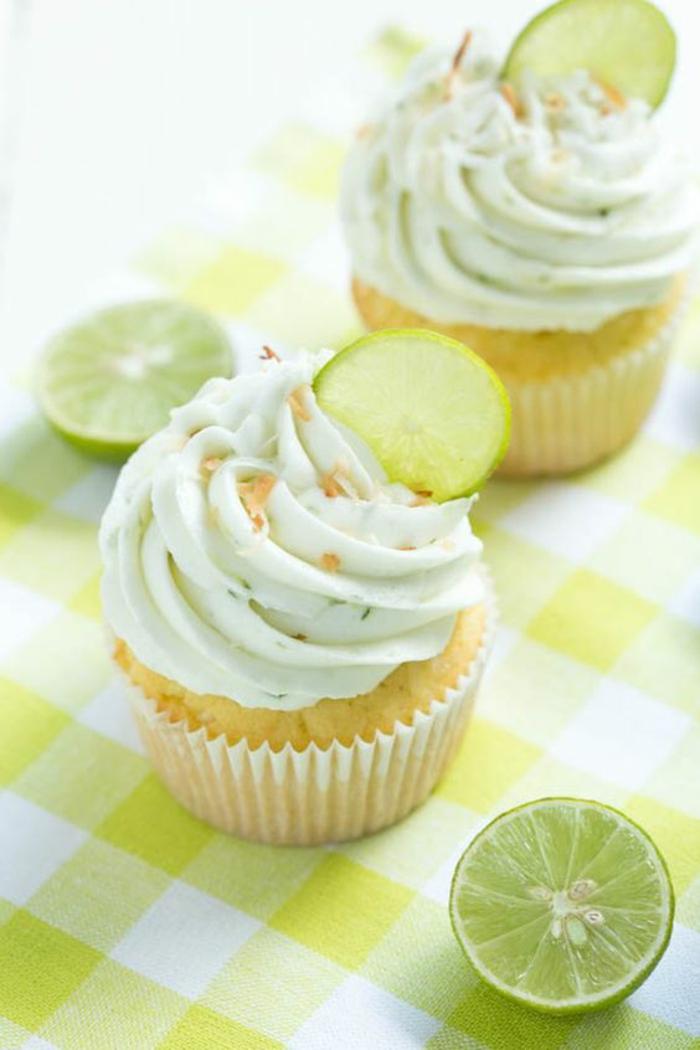 Limetten Cupcakes Topping Rezept Törtchen backen Rezeptideen
