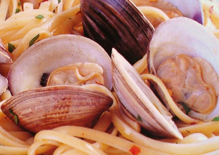 Muscheln kochen nah italienisch