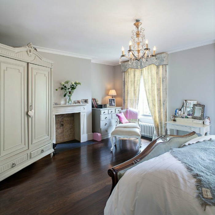 Schlafzimmer Ideen im viktorianischen Stil Kleiderschrank aus Echtholz