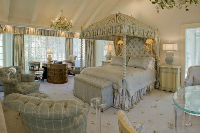 Romantisches Schlafzimmer Einrichten ~ Schlafzimmer einrichten im viktorianischen Stil antike Möbel