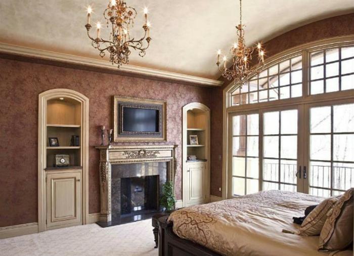 Schlafzimmer einrichten mit Kamin im viktorianischen Stil antike Möbel