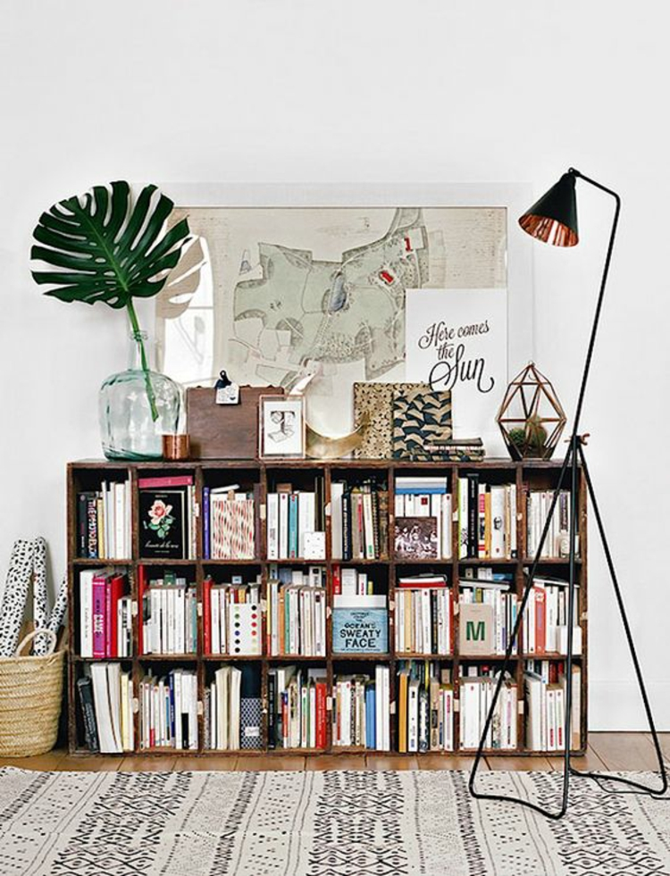 Wohnung einrichten Tipps DIY Bücherregal Holzkisten
