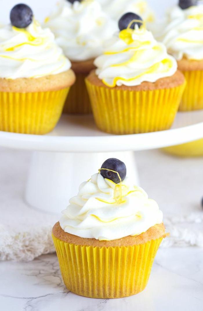 Zitrone Cupcakes Rezept leckere Törtchen selber backen