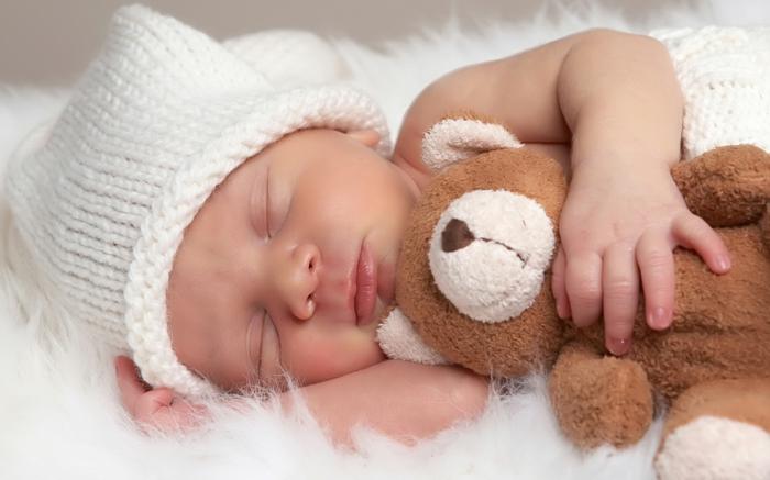 besser schlafen baby schläft teddy bär guter schlaf