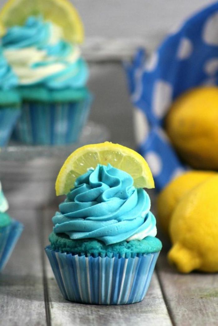 blaue Cupcakes Rezepte Törtchen backen Fortgeschrittene