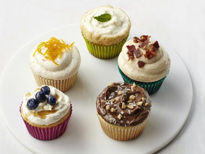 Cupcake Deko deco muffins party ideen minze orangenschalen blaubeeren nüsse