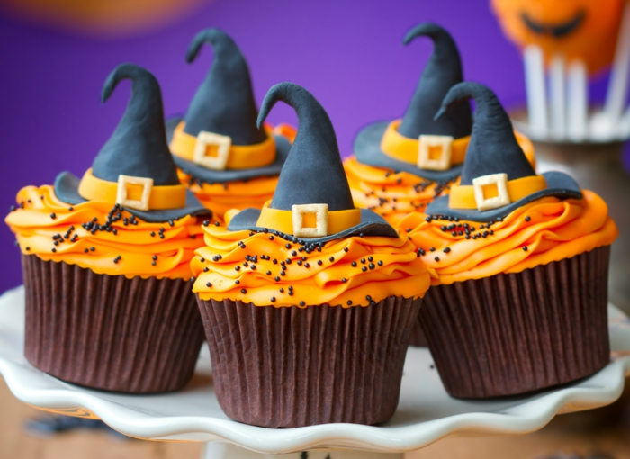 Cupcake Deko muffins orange topping halloween ideen
