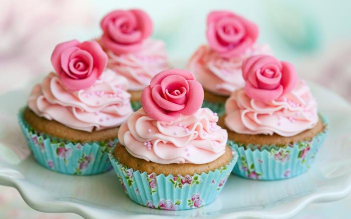 cupcake deco muffins rosen zuckerstreusel vintage ideen