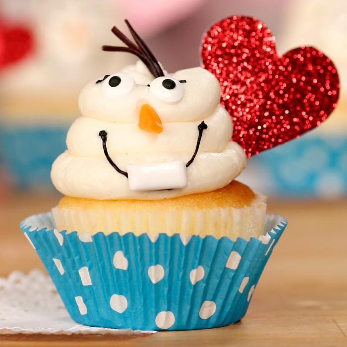 Cupcake Deko muffins valentinstag ideen herz männchen