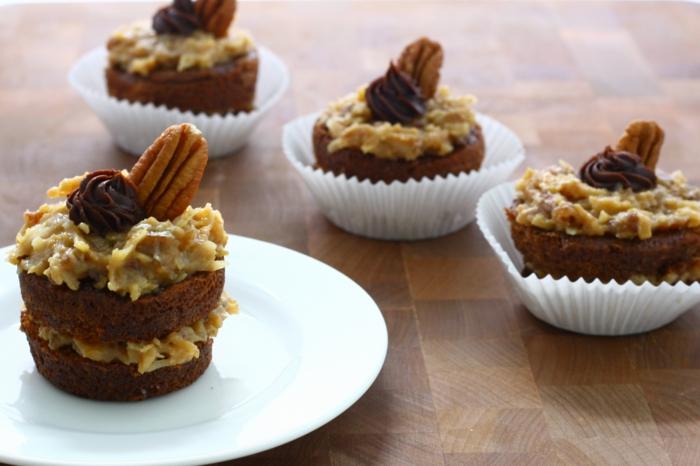 Cupcake Deko schokolade creme früchte nüsse
