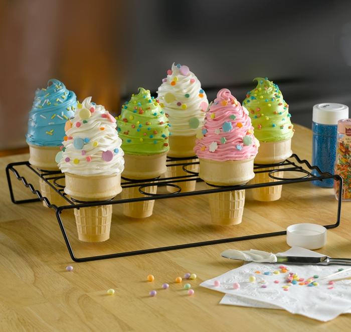 cupcake rezepte sahne eiskugel spritz