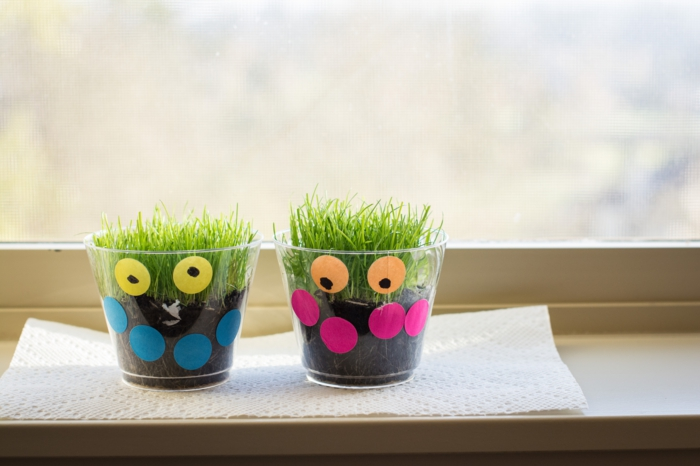 dekoideen fensterbank lustig kreativ bastelideen pflanzen
