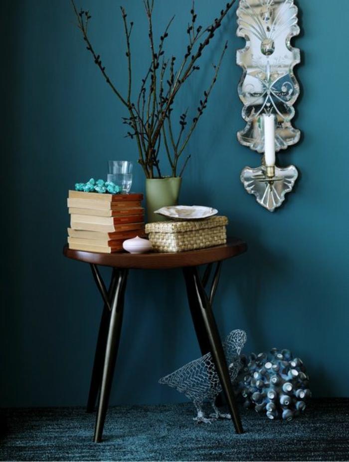 einrichtungsbeispiele trendfarbe wandgestaltung wanddesign blaugrün inszeniert