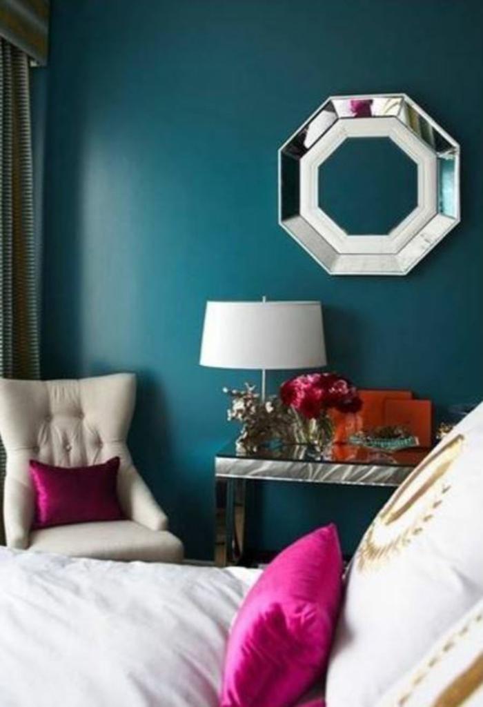 trendfarbe wandgestaltung wanddesign blaugrünspiegel