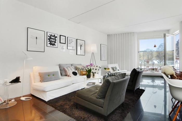 einrichtungsideen kleiner wohnbereich brauner teppich weißes sofa bodenfliesen